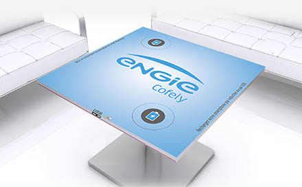 "This ""association"" of leaders aims to standardize wireless charging in order to avoid compatibility problems between the various devices in the increasingly near future, and to open a market through which the user is charging in the simplest way his phone. Conventional cell phone charging stations, such as cell phone charging stations with lockers, will disappear. Or also the phone charger to put on the table will become useless."